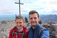 na najwyższym szczycie Irlandii Carrantouhill (irl. Corrán Tuathail) 1039 m n.p.m.